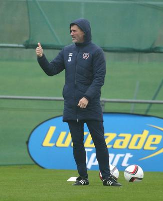 Roy Keane gives the thumbs-up at training