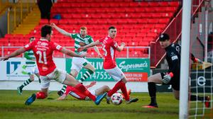 Rory Gaffney of Shamrock Rovers has a shot on goal, which is deflected into the net by John Mahon, 21, of Sligo Rovers. Photo by Stephen McCarthy/Sportsfile