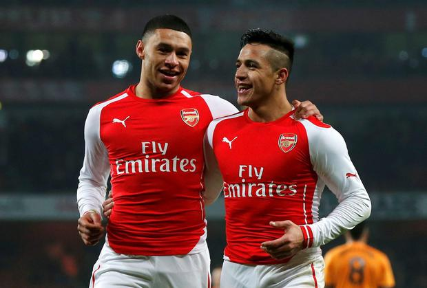 Alexis Sanchez (right) and Alex Oxlade-Chamberlain