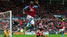 Christian Benteke of Aston Villa celebrates scoring their fourth goal during the Premier League match between Sunderland and Aston Villa