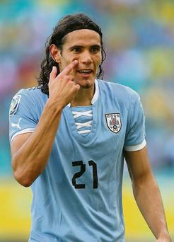 Edinson Cavani is attracting Premier LEague attention ahead of the closure of the transfer window.