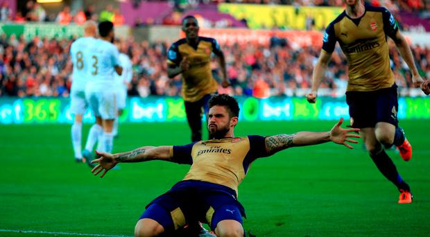 Arsenal's Olivier Giroud celebrates scoring his side's first goal of the game