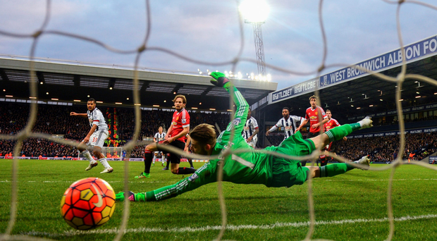 Salomon Rondon fires West Brom's winner past David De Geo as Daley Blind looks on Photo: Getty Images