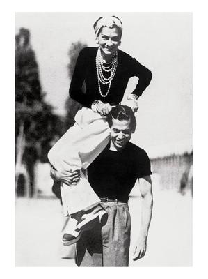 Gabrielle Chanel on the shoulder of her friend Serge Lifar in 1937