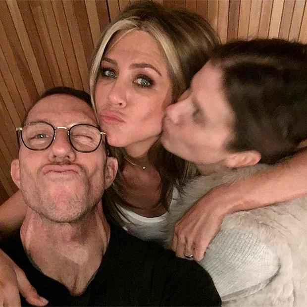 Jennifer Aniston, Gucci Westman and Chris McMillan. Photo: Gucci Westman Instagram
