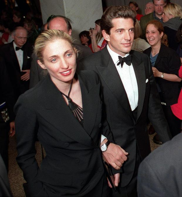 John F Kennedy Jr and his wife Carolyn in Washington in 1999