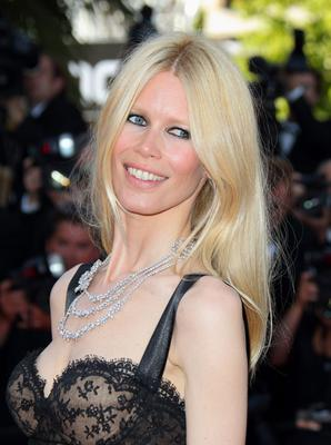Claudia Schiffer is famous for her healthy glow