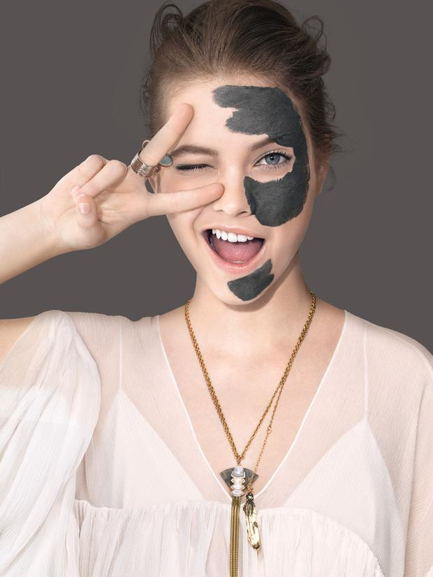 Photo: L'Oréal Clay Mask campaign image
