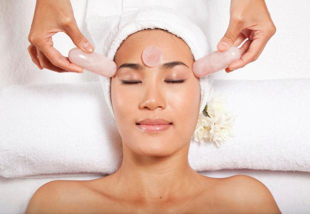 From face yoga to acupuncture: The best natural beauty