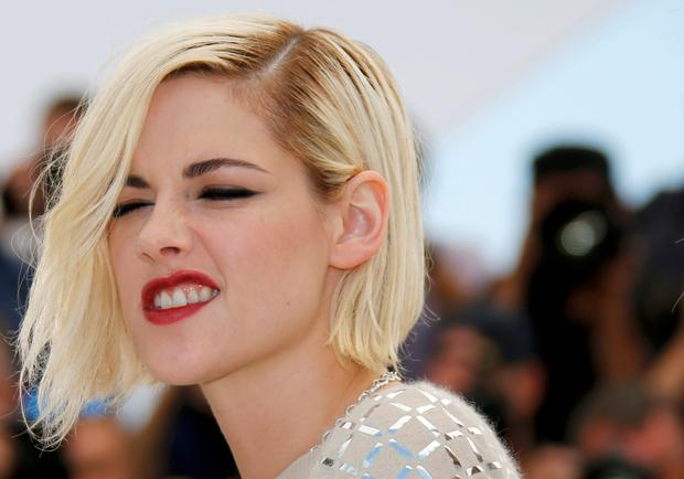 077cebfac2ab Out of favour  Kristen Stewart rubbed the Cannes crowd up the wrong way as  she