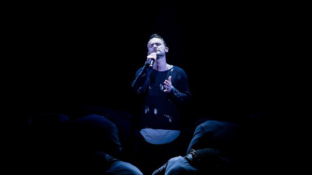 Kevin Simm perfoms during the final of The Voice (BBC/PA)
