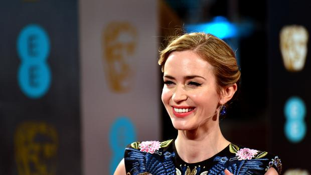 Emily Blunt takes on the role made famous by Julie Andrews in Mary Poppins Returns.
