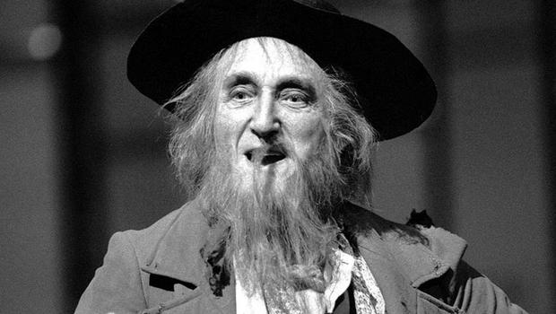 Ron Moody as Fagin in a reprise of the role in 1985