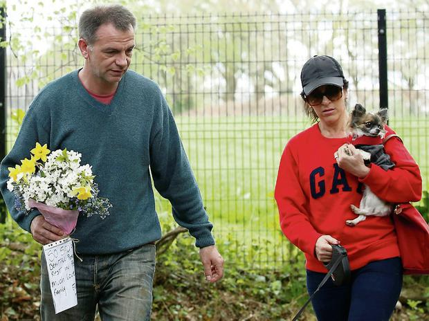 Members of the public leaving flowers at the house of Peaches Geldof in Wrotham, England. Reuters