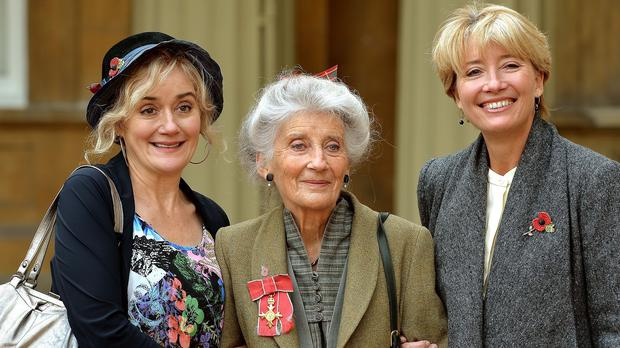 Phyllida Law with her daughters Sophie, left, and Emma Thompson