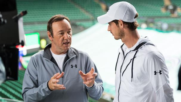 Murray in centre stage as wet Wimbledon plays catch-up