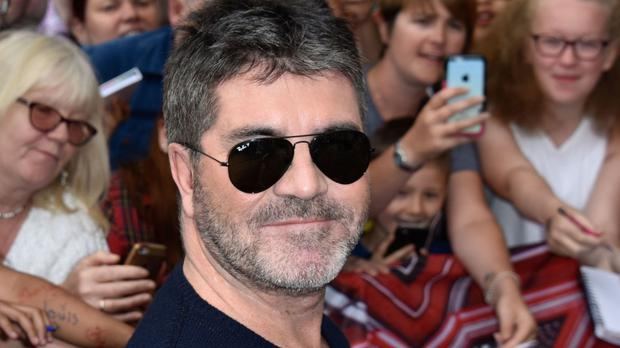 Simon Cowell has slagged off Niall Horan's chart position