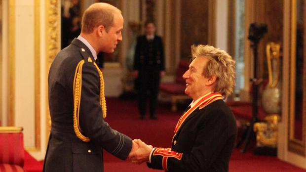 Rod Stewart is knighted by the Duke of Cambridge