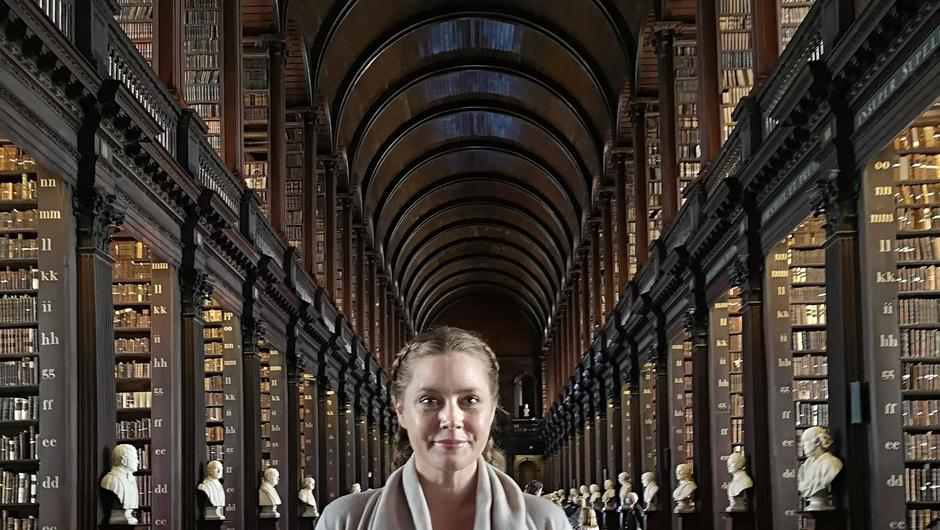 Amy Adams in the Old Library at Trinity College Dublin.