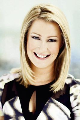 """TV3's """"Dublin Airport: Life Stories"""" presenter, Andrea Hayes"""