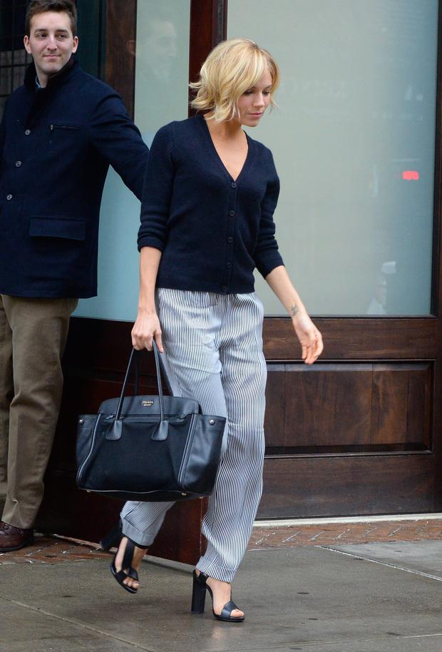 1b47c5cb8ae3 Style files... dress like Sienna Miller and Kate Bosworth ...