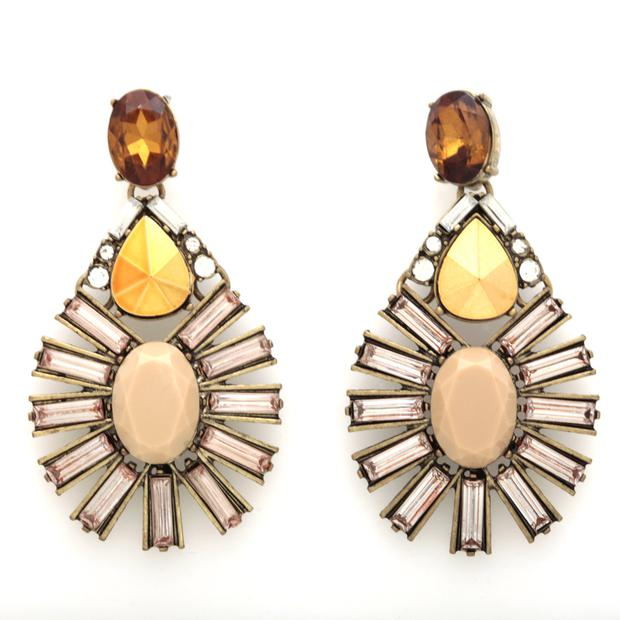 Earrings, €129, Catriona Hanly, see designcentre.