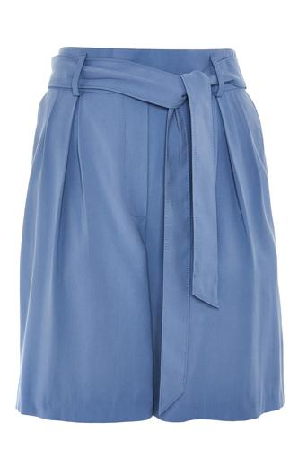 Relaxed fit belted Shorts, €13