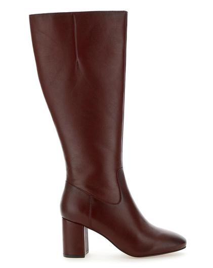 Bordeaux, €105 from SimplyBe.ie