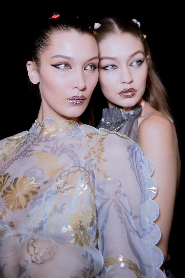 Bella and Gigi Hadid