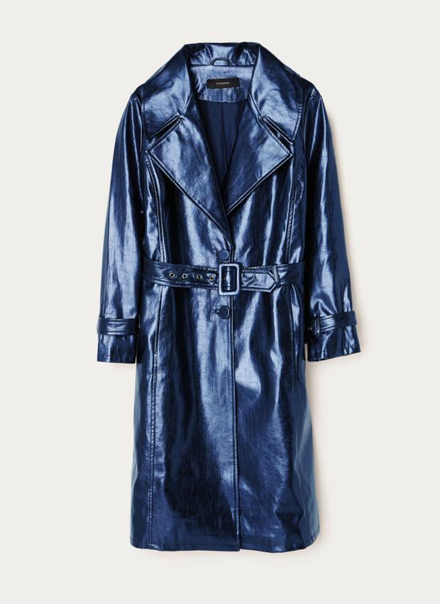 Blue trench, €199 from Uterque.com
