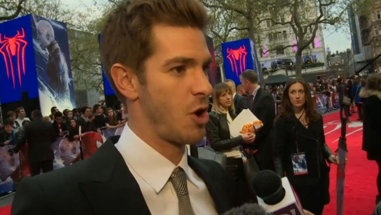 Andrew Garfield Refuses To Talk About Girlfriend Emma Stone Independent Ie