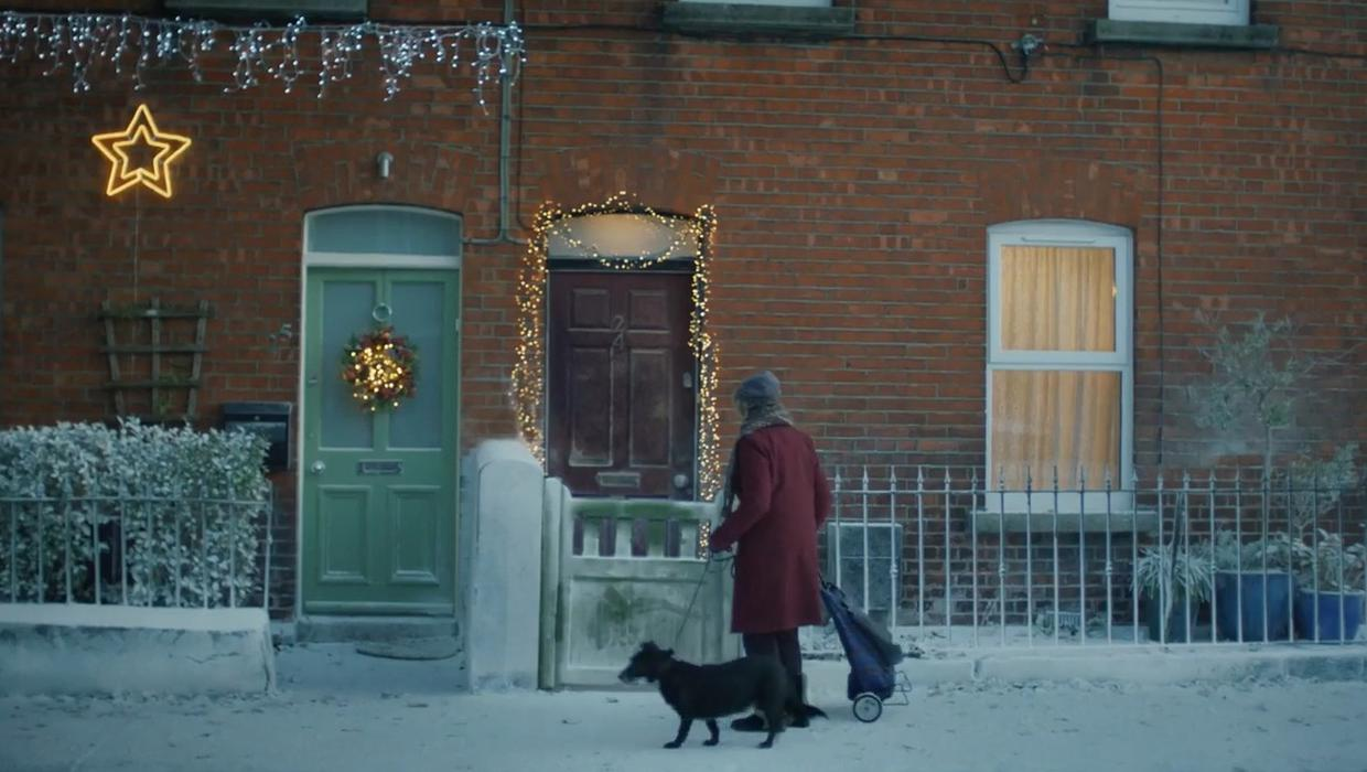 Heartwarming Woodie's Christmas ad takes place in Dublin 8 - Independent.ie