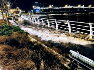 River Shannon bursting it's banks in Limerick city during Storm Eleanor