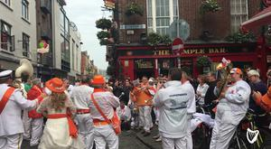 Dutch fans singing in Temple Bar