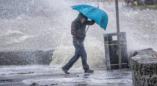 Weekend washout as heavy rain showers to continue