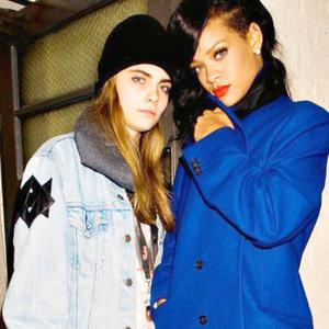 Cara Delevingne and Rihanna hanging out together on Rihanna's recent 777 tour. Photo: Twitter/ @rihanna