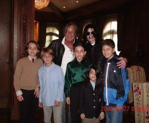 Michael Jackson (3rd R) poses with Mohamed Hadid (3rd L), Hadid's children and Jackson's children Michael Joseph Jr. (L), Paris Michael Katherine (C) and Prince Michael II (2nd R) on November 27, 2008 at the Jackson Holmby Hills residence in Westwood, California.