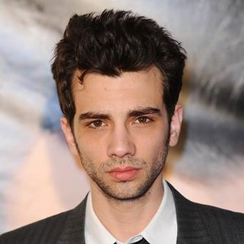Jay Baruchel met Alison Pill on set of hockey movie Goon in 2010