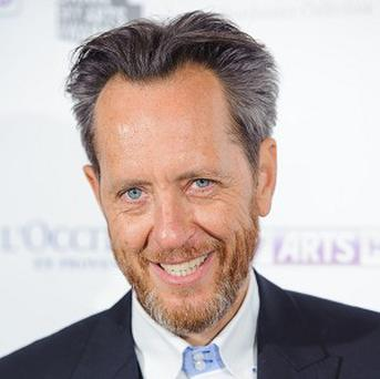 Richard E Grant had to call the fire brigade