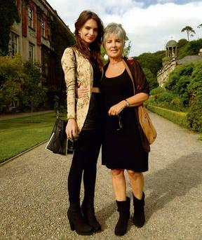 Emily Ratajkowski with her mother Kathleen Balgley in Cork