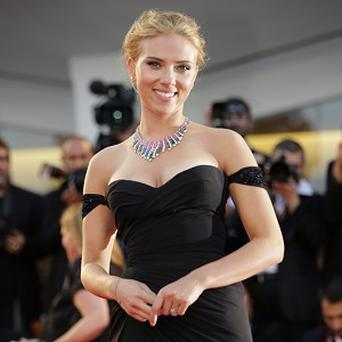 Scarlett Johansson showed off her engagement ring in Venice