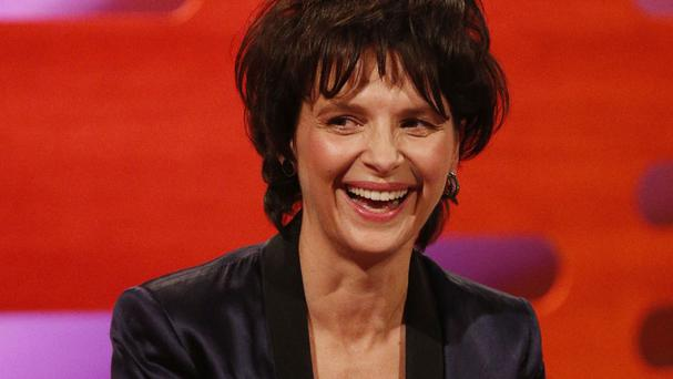 Juliette Binoche is to return to the London stage