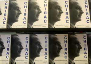 Copies of Jacques Chirac's memoir (Michel Euler/AP)