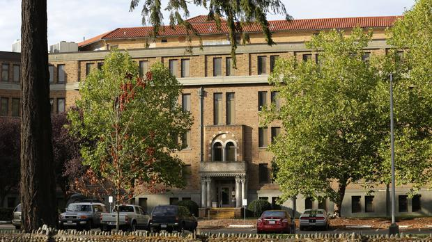 A violent ex-prisoner escaped from the Western State hospital in Lakewood, Washington.