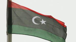 IS militants have attacked a Libyan oilfield
