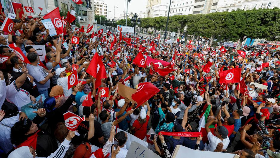 Supporters of Tunisian President Kais Saied held a rally in support of his seizure of power and suspension of parliament, in Tunis today. Photo: REUTERS/Zoubeir Souissi.