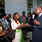 President Museveni og Uganda meets students at UCD on a state visit to Ireland in 2000.
