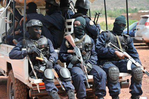 Malian anti-terrorist special forces arrive at the entrance of the Kangaba tourist resort in Bamako yesterday. Photo: Getty