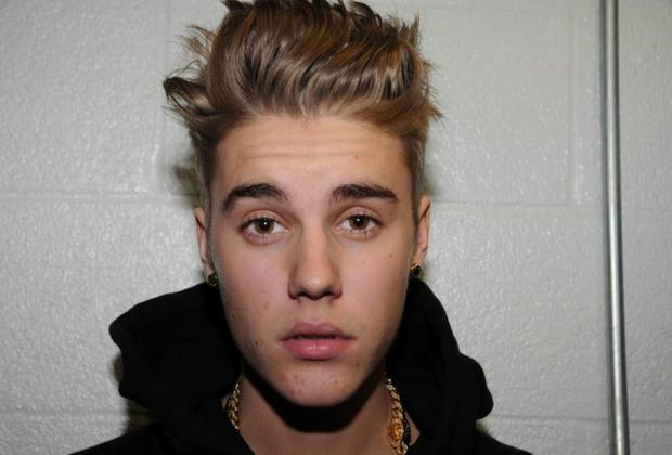 Pop singer Justin Bieber has pleaded guilty to charges of careless driving and resisting arrest seven months after he was held in Miami Beach following what police initially called a drag race