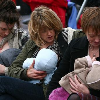 A free app to help new mothers find and rate breastfeeding-friendly places while they are out and about has been developed